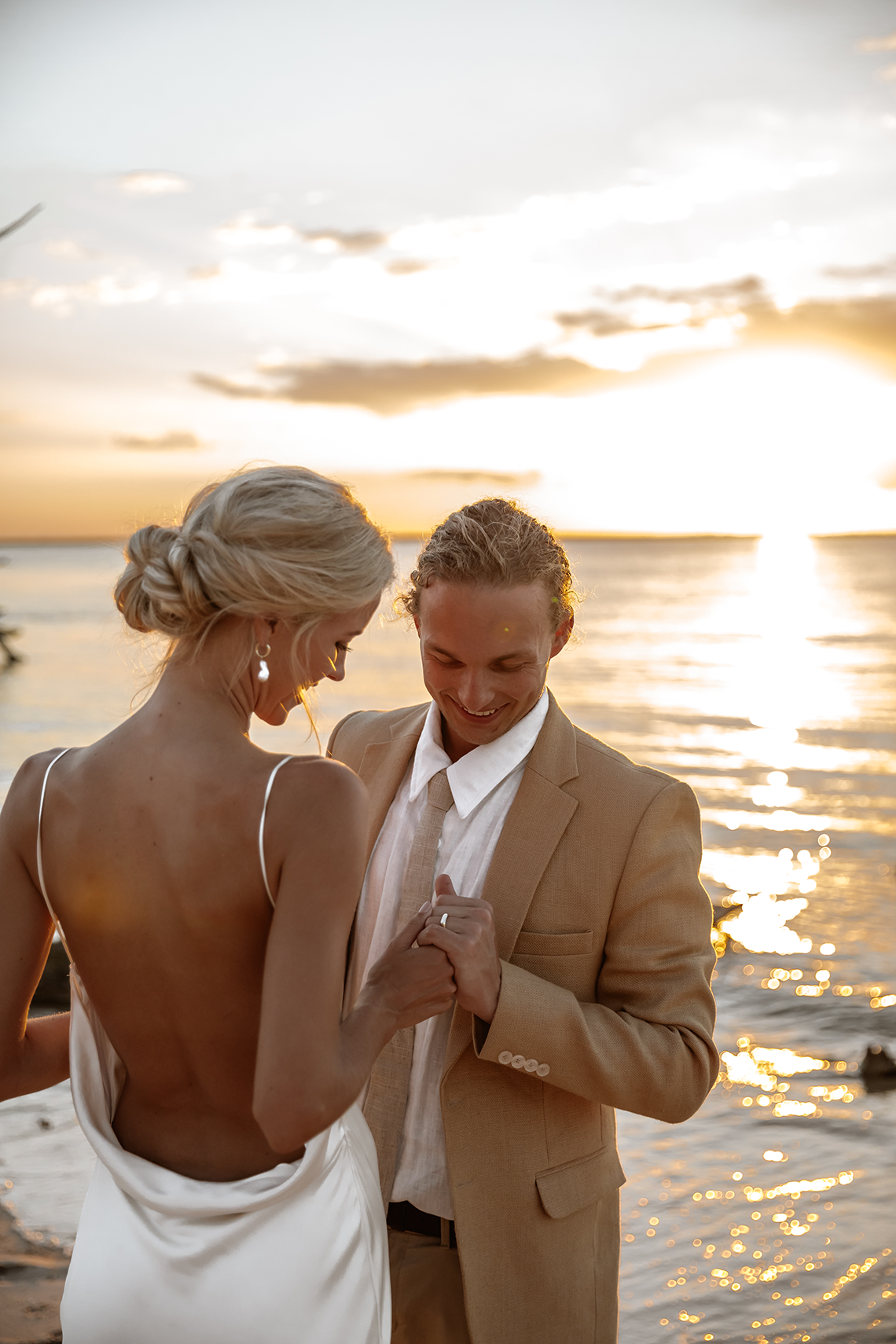 Stunning Mozambique Beach Wedding at Sunrise – Sussurro – Ayeh Photography – Bo and Luca – Bridal Musings 55