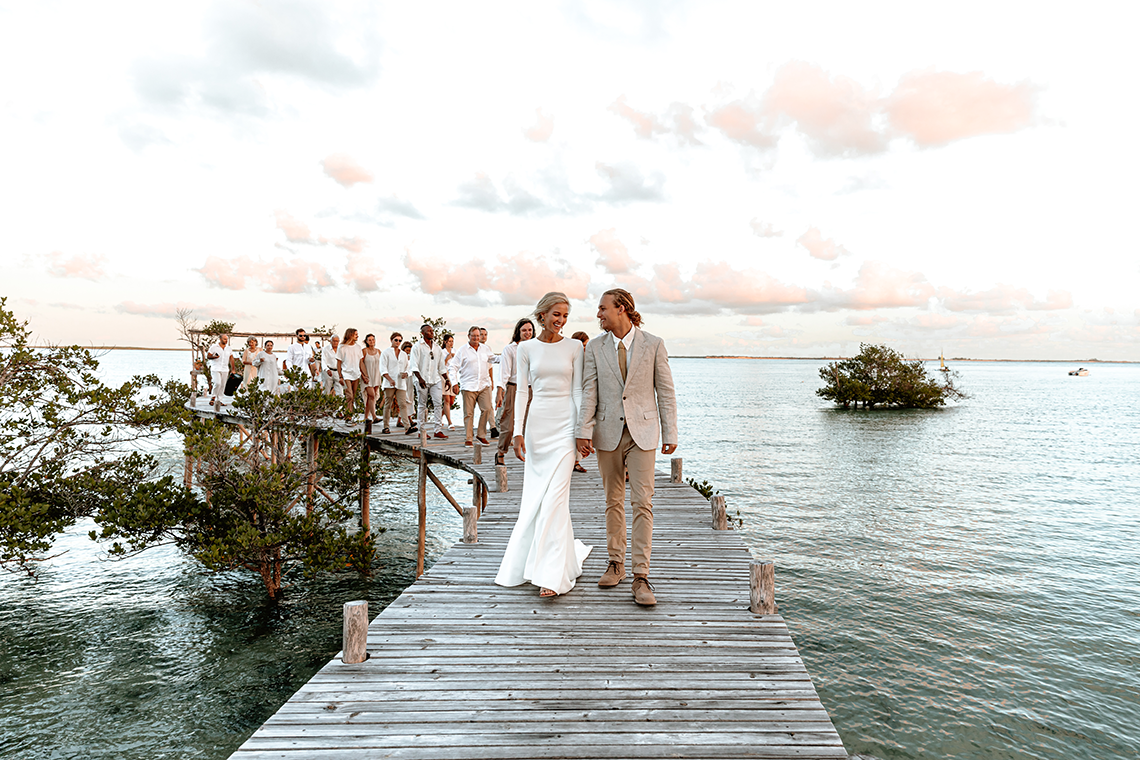 Stunning Mozambique Beach Wedding at Sunrise – Sussurro – Ayeh Photography – Bo and Luca – Bridal Musings 7